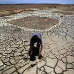 RT @LANow: #CADrought: California breaks drought record as 58% of state hits driest level http://t.co/oY3Crk87ie http://t.co/PBQBVZwl9x