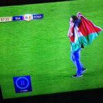 RT @saadabdulhai: A pitch invader during a Madrid-Roma game yesterday waves a Palestinian flag for awareness #FreePalestine http://t.co/SgqODAc8f5