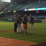 Cosart hugs his former teammates. http://t.co/LeOSi6NLSq