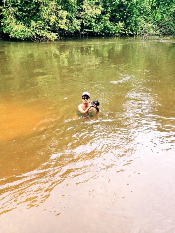 アマゾンのルール その3 川でケガしない(ピラニアに食われるから) http://t.co/DFGsITRoi2