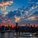 RT @isardasorensen: Lovely #sunset tonight in #NYC. http://t.co/GWKa85anaK