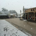 Christmas in August anyone? Snow fall at Sovereign Hill this morning. #Ballarat #Snow http://t.co/ymMTd3iJuU