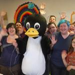 ...and a bunch or real nutters - sorry, knitters - @Fluphshop, enjoying a great time with Penguin! #Dundee #penguin http://t.co/9x9zIejpZE