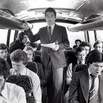 RT @VintageFooty: Brian Clough leading the team singing on the Nottingham Forest team bus http://t.co/mQBohdnafb