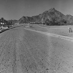 #ThrowbackThursday: What 24th Street in #Phoenix looked like in 1968. http://t.co/kPFMQtrdO2 http://t.co/8rV1nF9vo0