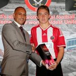 Man of the match champagne for @louissreed after last nights match with #Fenerbahce. #sufc #twitterblades http://t.co/wRThuJB9Ly