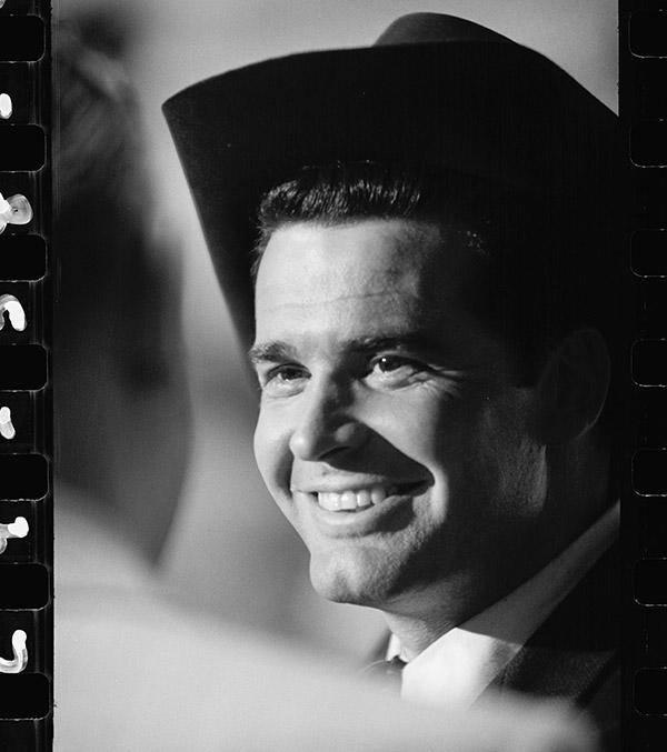 A great Oklahoman, a great actor, a great man. James Garner will be missed. http://t.co/tD8GuPhy4B