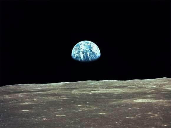 Humbling photo - RT @ThatsEarth: On this day, 45 years ago, the greatest picture ever was taken. http://t.co/4TB5o0Rwgg