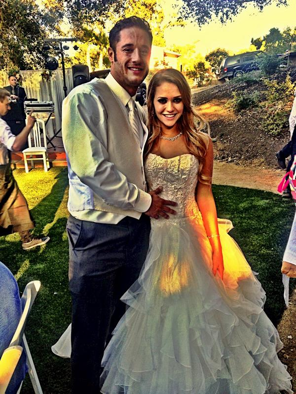 Magical day congrats to @dannymountain84 @MiaMalkova endless happiness and laughter deserve nothing less http://t.co/47eClrSFZB