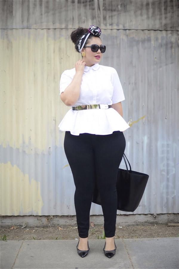 {New #ootd at http://t.co/x5ApY9pROD} sporting @ASOS @jordachejeans @NineWest @givenchy @lanebryant #isabeltoledo http://t.co/R121OSgwzx