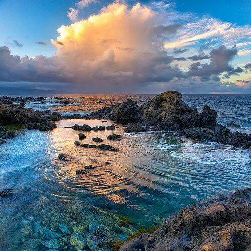 RT @NationalGeograC: Maui, Hawaii http://t.co/OYbkArOJvD