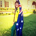 FLAG BEARER!!!! #proud #honoured #emotional #humbled #ecstatic #privileged THANK YOU FOR THIS MOMENT @AusComGames http://t.co/uVgRlZqQHy
