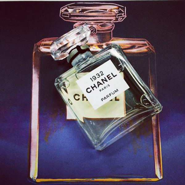 #ELLEloves a #Chanel kind of evening http://t.co/JKKxQ1CGMt