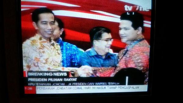 Saat bersejarah Indonesia, di TV One! http://t.co/qXz9qWkMor