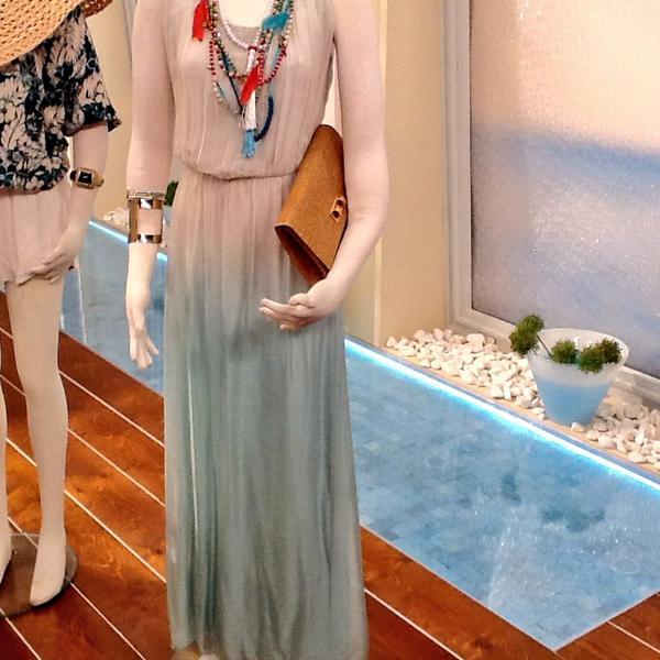 Katerina Kenourgiou (@katrinken): Κάντε RT και μια τυχερή από εσάς θα κερδίσει αυτό το φόρεμα από τη συλλογή μου! #KalokairiPantou @ALPHA_TV http://t.co/92tTPGERfZ