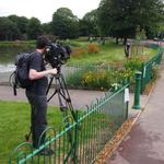 @BBCNWT video volunteer Ray tending flowers - ready for @GiantSpectacle #NewshamPark @lpoolcouncil @LoveParksWeek http://t.co/E5AmO0g9hR