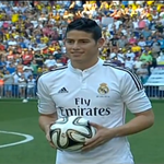 RT @MotivacionesF: James ya viste con la camiseta del Real Madrid. http://t.co/SpYic95rsQ