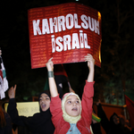 Anti-#Israel protests in #Turkey turn ugly. Increasingly hostile environment toward Jews. http://t.co/Qa9s74qqr3 http://t.co/HGdcYSIFm2