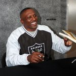 Happy birthday to Raiders Legend WR @81TimBrown! http://t.co/81idhVdpQR