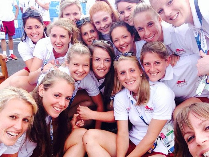Georgie Twigg @georgietwigg: @EnglandHockey girls ready for the village flag welcome ceremony! #selfie #glasgow2014 http://t.co/rypMb8h9PT