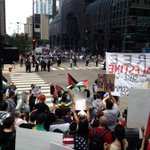 RT @NeilSteinberg: Palestinian protesters face off across Canal Street at dueling noon rallies in Chicago Tuesday. http://t.co/cfeSWEDnhK