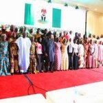 President Jonathan meets Chibok parents/girls Chibok girls and rescued girls at the State House in Abuja. http://t.co/WC8DxSndbb