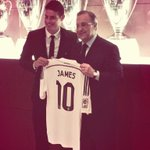 ¡JAMES RODRIGUEZ CON LA 10 DEL REAL MADRID! Felicitaciones crack. http://t.co/QE7yrnn7vf