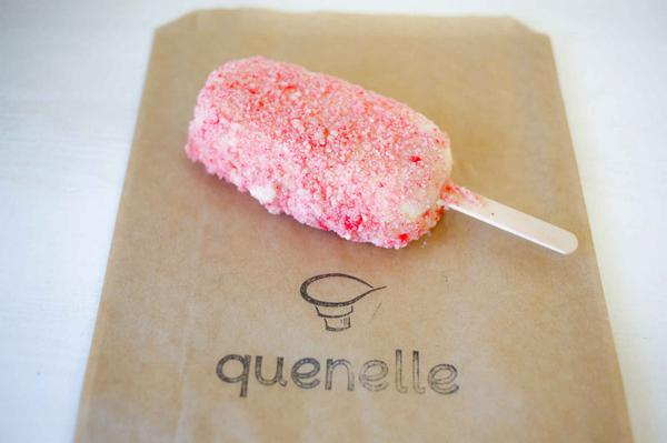Here's the scoop (!) on the 13 best artisan ice cream spots in LA: http://t.co/9aPHct0Vib. http://t.co/xNG2UvEF4w