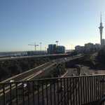 RT @BreakfastSam: Not a cloud #auckland http://t.co/dxC5y1LJK0