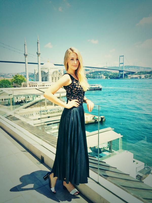 Happy #TyrantTuesday everyone!! Did some press today in #istanbul for the show... @TyrantFX #Tyrant http://t.co/U3u54VdmOD