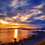 This is why I miss living in #Vancouver #yvr #stunning #sunset #englishbay http://t.co/j0qBWzoQn9