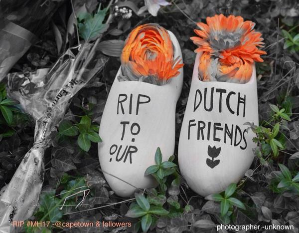 our thoughts are with all who lost their lives in #MH17 cc @NLinSouthAfrica http://t.co/PcVdEcIXKE