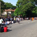 RT @Sankav84: Closed Ward Place - Pic 02 #srilanka #lka #protest #education http://t.co/Frzz8Gsq7p