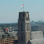 RT @BrendaStoter: The flag on the Laurens church in Rotterdam. #MH17 http://t.co/RZL3e72bZO