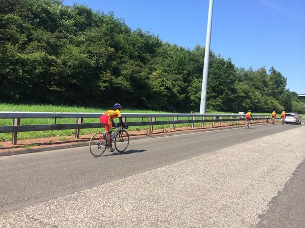 The Sri Lankan cycling team cruising down the M74, lovely spot for a bike ride. http://t.co/NYr17Pp6So
