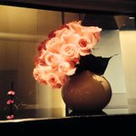 Love the elegance of the flowers @StaywithArmani #dubai http://t.co/6ArC0qs50b