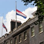 Flags flying at half-mast over Downing St as we remember all MH17 victims in solidarity with our Dutch friends today http://t.co/OFB9LAuhtz
