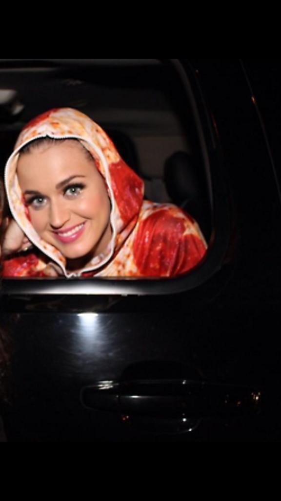 """:) """"@KatysPrismLight: HOW  HARD  IS  IT  TO  PRESS  RETWEET  #MTVHottest Katy Perry http://t.co/fEWVC2QzOU"""""""