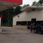 One arrested after female employee killed at Battle Creek gas station. http://t.co/R4xTpNuHeg http://t.co/wsRe33quiR