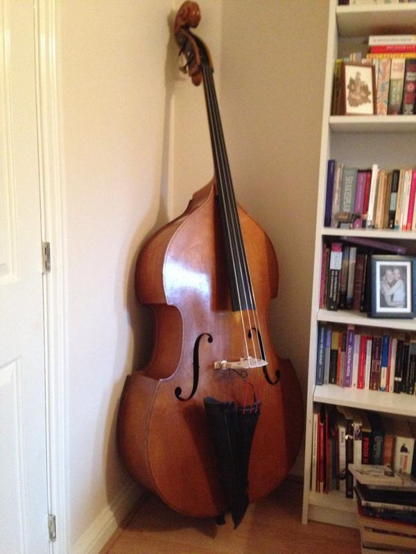 Attention bassists! I still have a great 1950's upright bass up for sale. Looking for c. £2000. Tell your mates.. http://t.co/h9xZpkaKOc