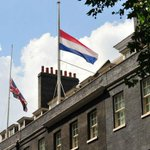 RT @lvandenassum: Nations sharing grief: British and Dutch flags fly half mast at Downing Street no. 10 for the crash victims of #MH17 http://t.co/1CpzLO7LNA