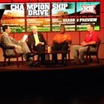 Round table discussion with Joe Tessitore, Bill Snyder, Charlie Strong & Bob Stoops #ESPNBig12 http://t.co/UYruh94IPu