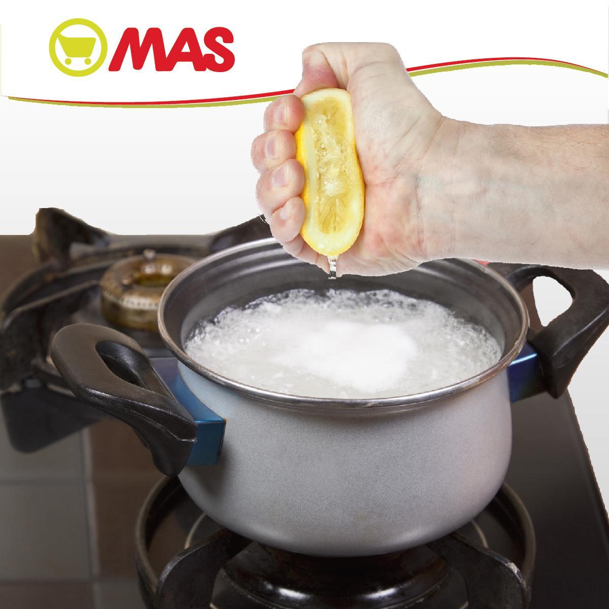 #Truco de #cocina: para que el #arroz no se te pegue, échale un poco de limón mientras cuece! #somoscocinitas http://t.co/9eBg5yKdnI
