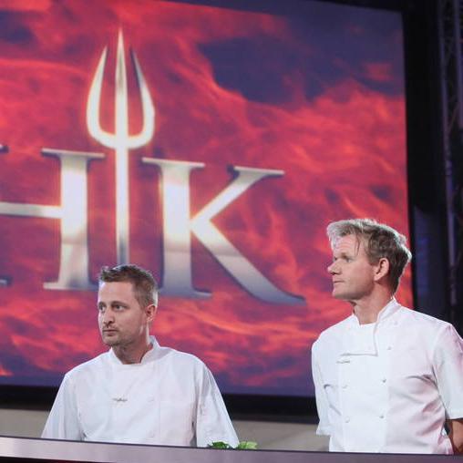 Tomorrow - watch @MVoltaggio with @GordonRamsay on @HellsKitchenFOX for #hellskitchen finale. #FOX http://t.co/V8DM2JMrpL