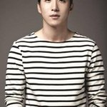 RT @allkpop: ICYMI: TAEYANGs older brother Dong Hyun Bae signs with MGB Entertainment http://t.co/gex8K3Vf5P http://t.co/9DgzCQC7v5