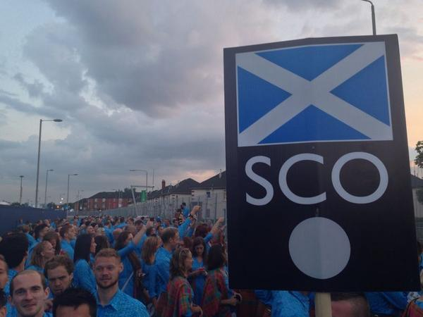 We love Scotland - RT to start a wave across the country! #GoScotland http://t.co/JhFr5NXlHe