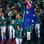 RT @Studio10au: Cyclist Anna Meares leads Australian #Glasgow2014 Commonwealth Games team at Opening Ceremony! http://t.co/7NM4HE8UmU