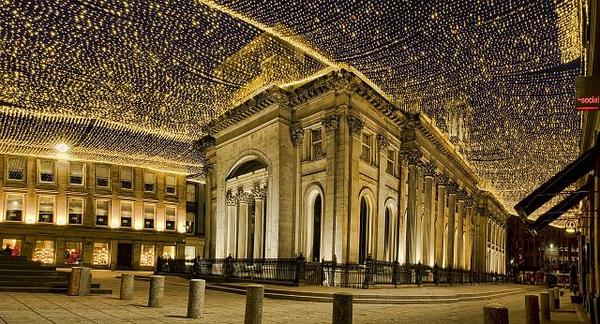 Oh wow Glasgow! RT @GJohnstone2: @NettieWriter Royal exchange Square is wonderful http://t.co/AEy2WWHnwC