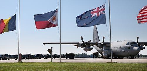 BtRNG46CQAAIFnB - Prayer for Flight MH17 - Philippine Business News