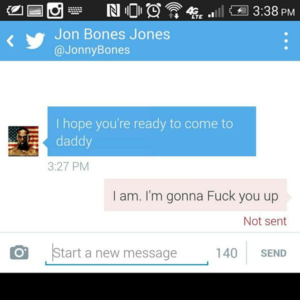 Guys please get this message to @JonnyBones he doesn't follow me. Didn't think I followed him. Hes a ninja #newchamp http://t.co/ljayBbJham
